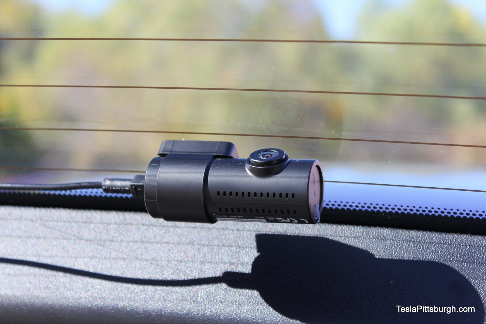 tesla-pittsburgh-dashcam-review-camera-blackvue-camera-rear-mount