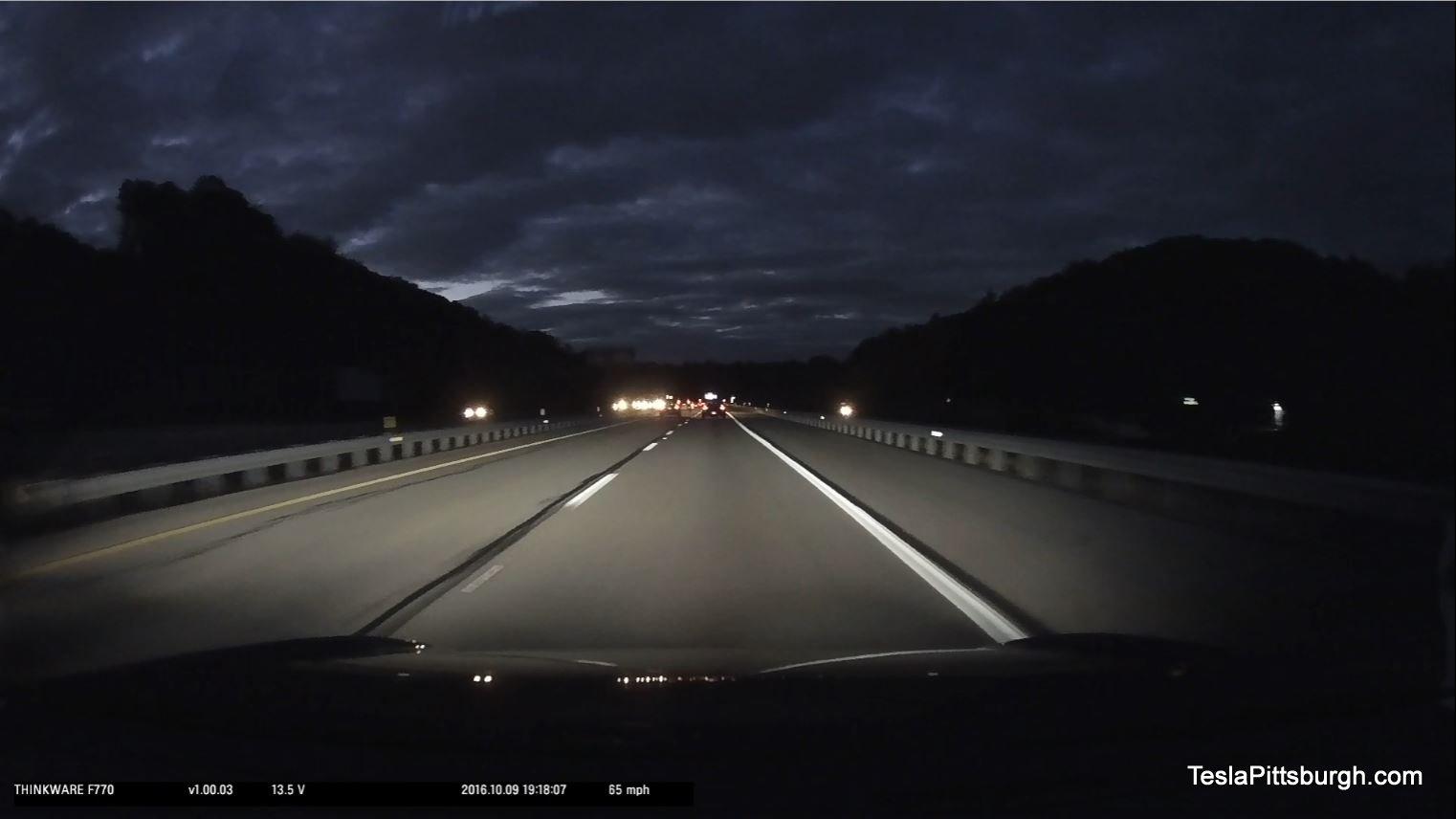 tesla-pittsburgh-dashcam-review-thinkware-f770-camera-279-night-straight