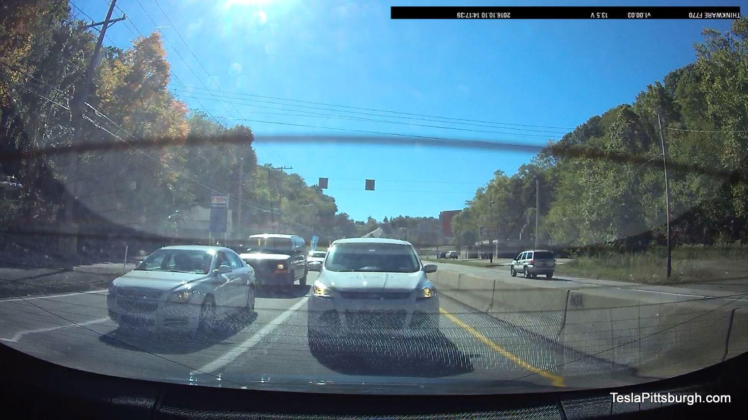 tesla-pittsburgh-dashcam-review-thinkware-f770-camera-daylight-mcknight-1-rear