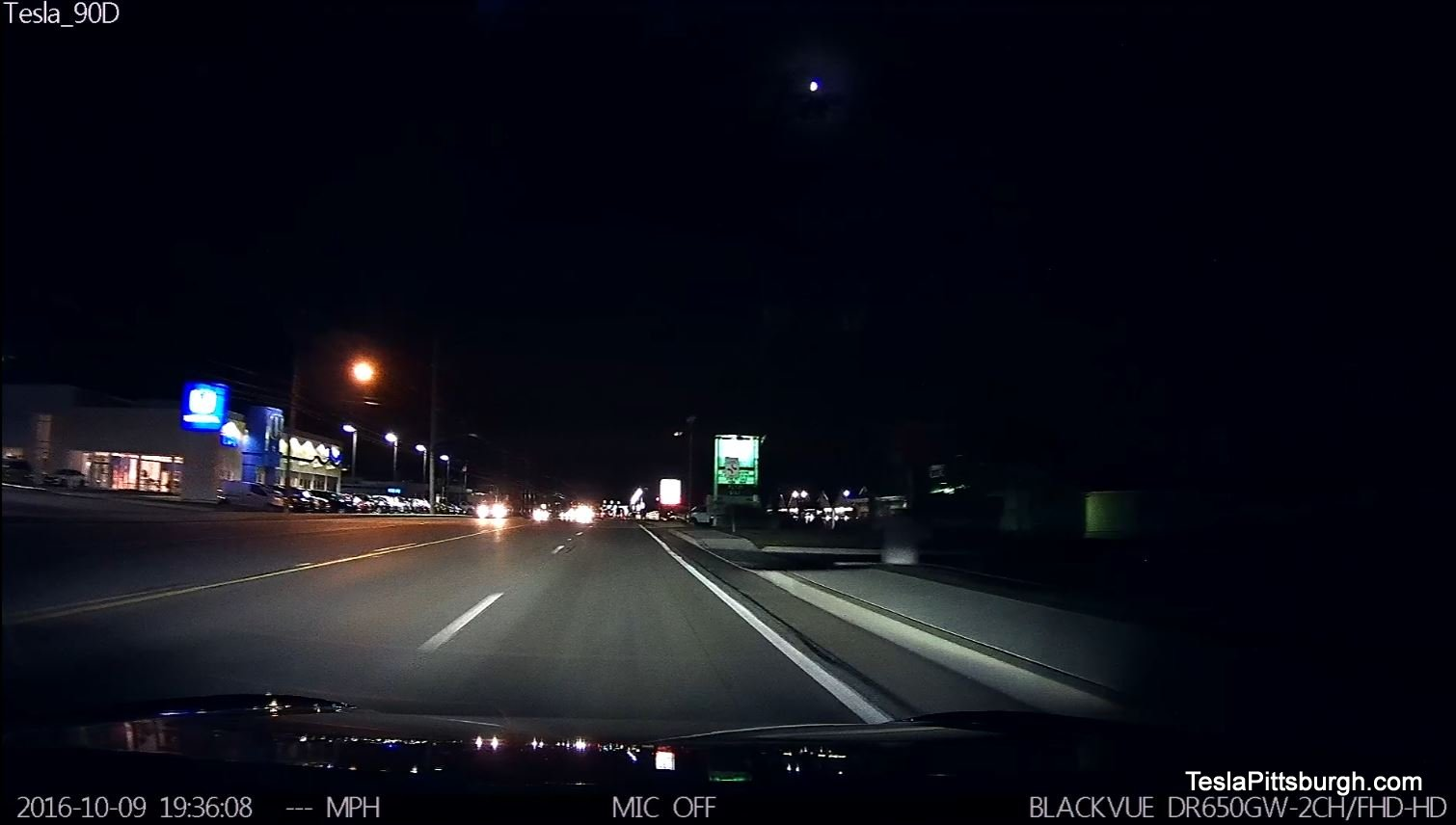 tesla-pittsburgh-dashcam-review-thinkware-f770-camera-wexford-flats-night-blackvue