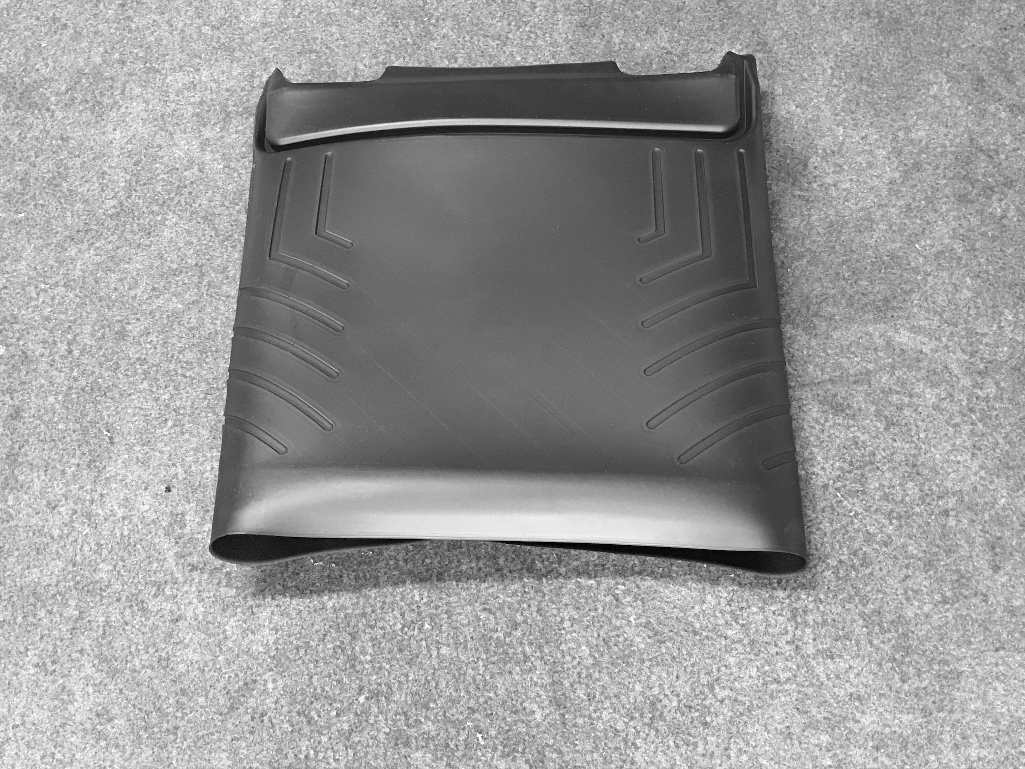 2nd row floor liner mat (Folded)