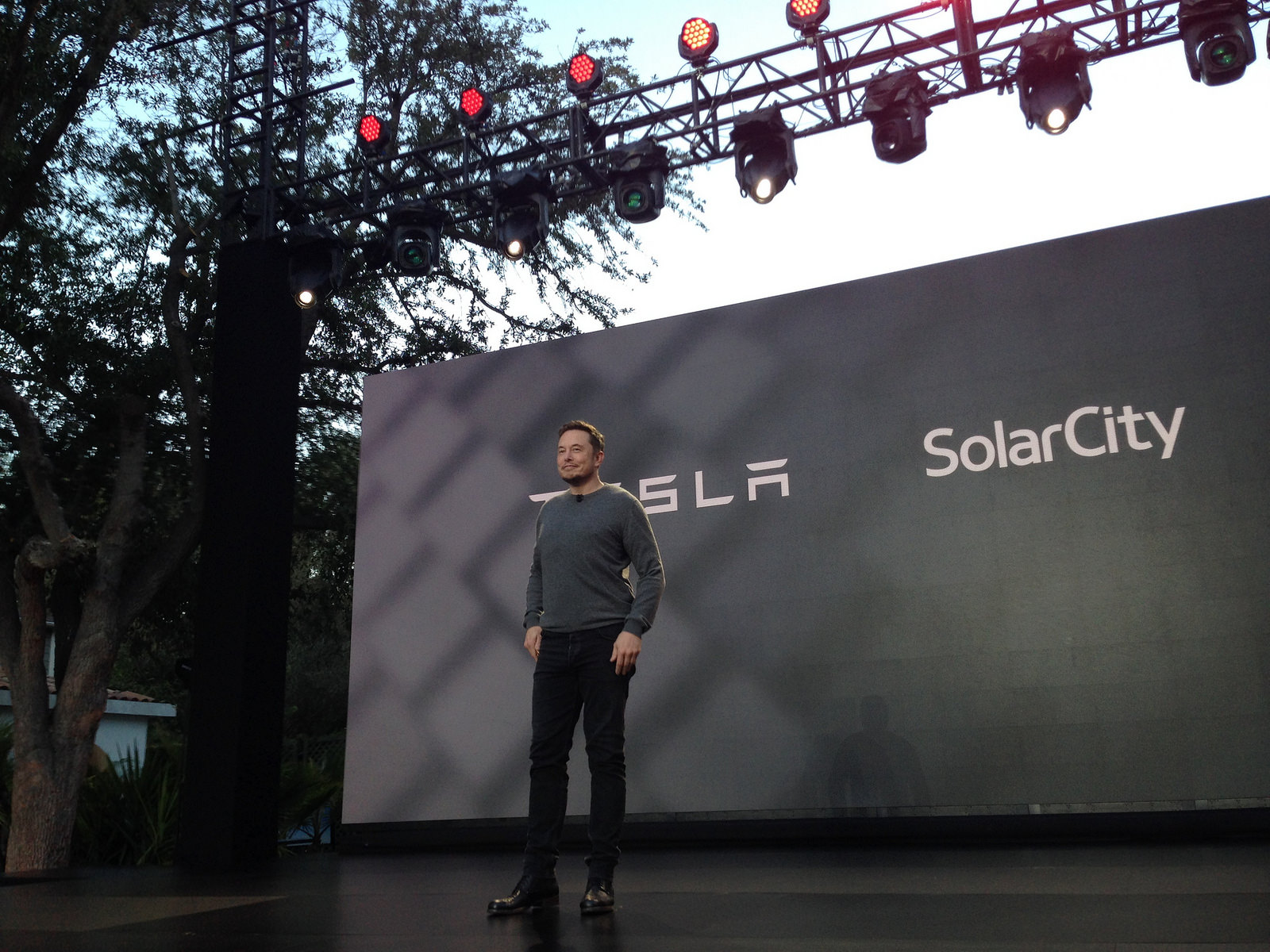 Elon musk converts 10m of solarcity notes to 33333 shares of elon musk converts 10m of solarcity notes to 33333 shares of tesla stock at 300share buycottarizona
