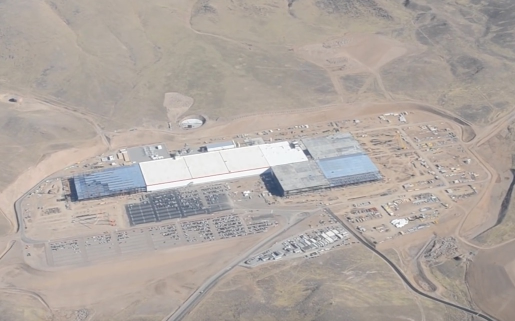 tesla-gigafactory-1-aerial-nov-7-2016