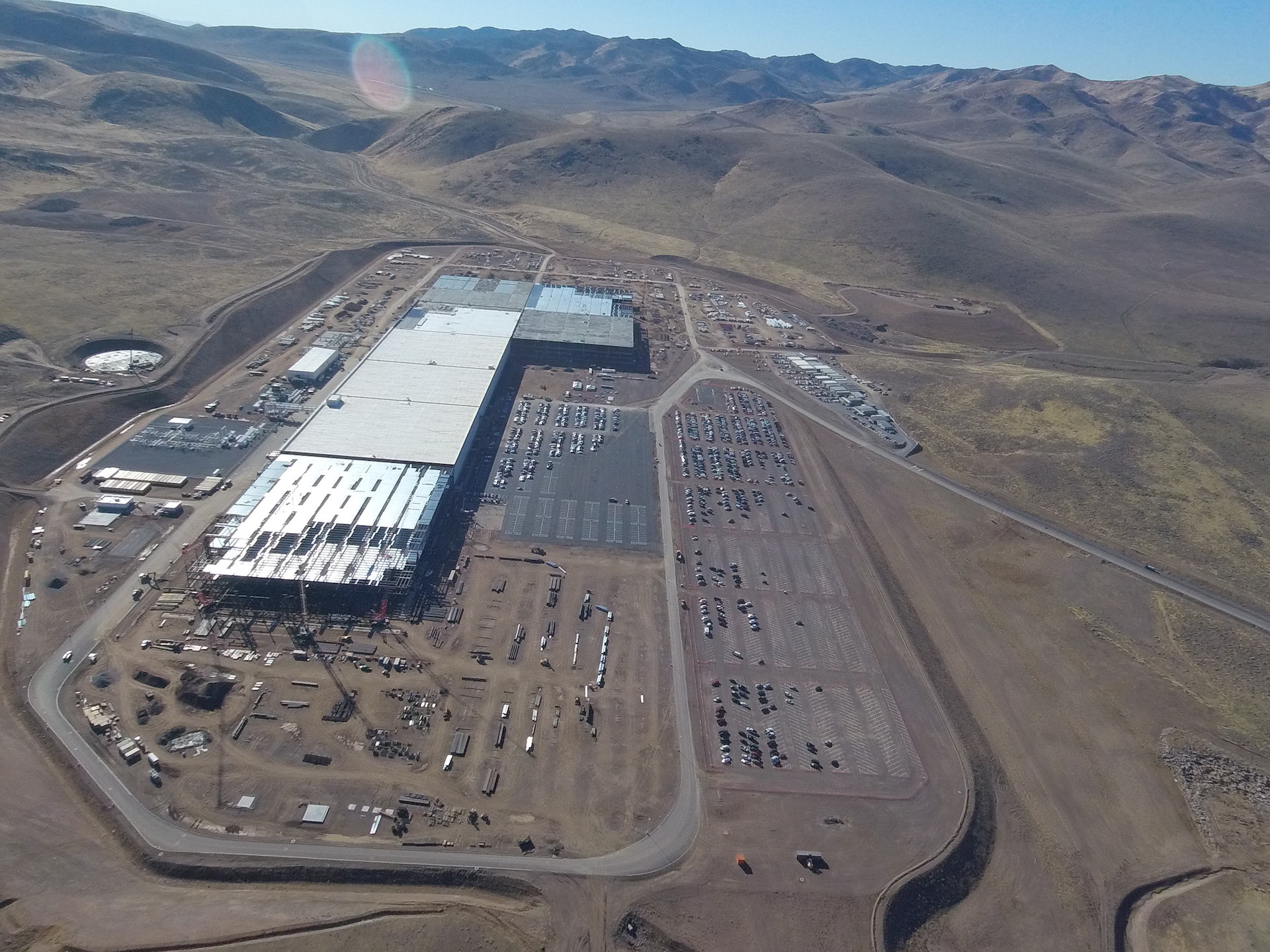 tesla-gigafactory-aerial-nov-2-2016-section-f