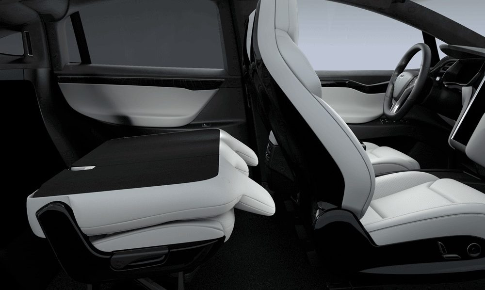Tesla Model X With Car Seat In Nd Row