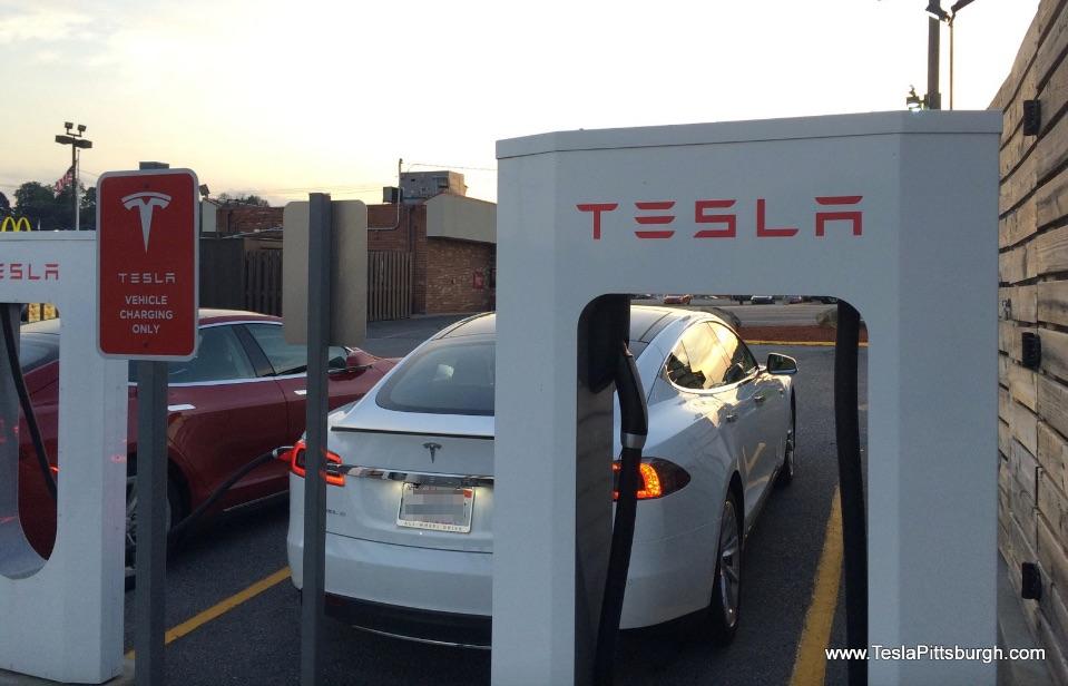 tesla-supercharger-logo-sign-somerset-pennsylvania