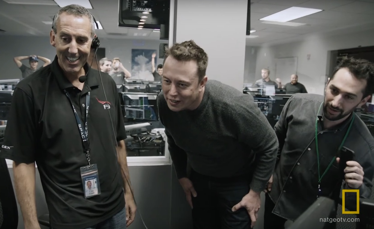 Elon-Musk-SpaceX-first-Falcon9-landing