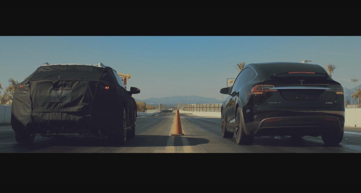 Faraday-Future-prototype-vs-Tesla-Model-X-P100D