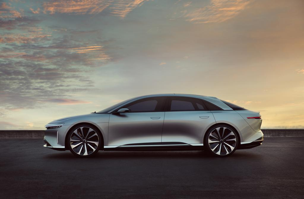 Lucid-Air-side-2