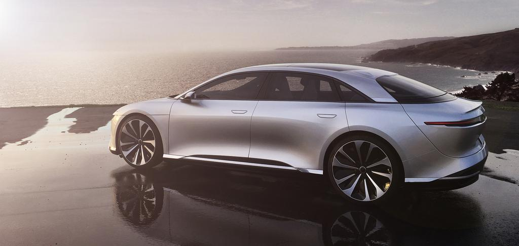 Lucid-Air-side