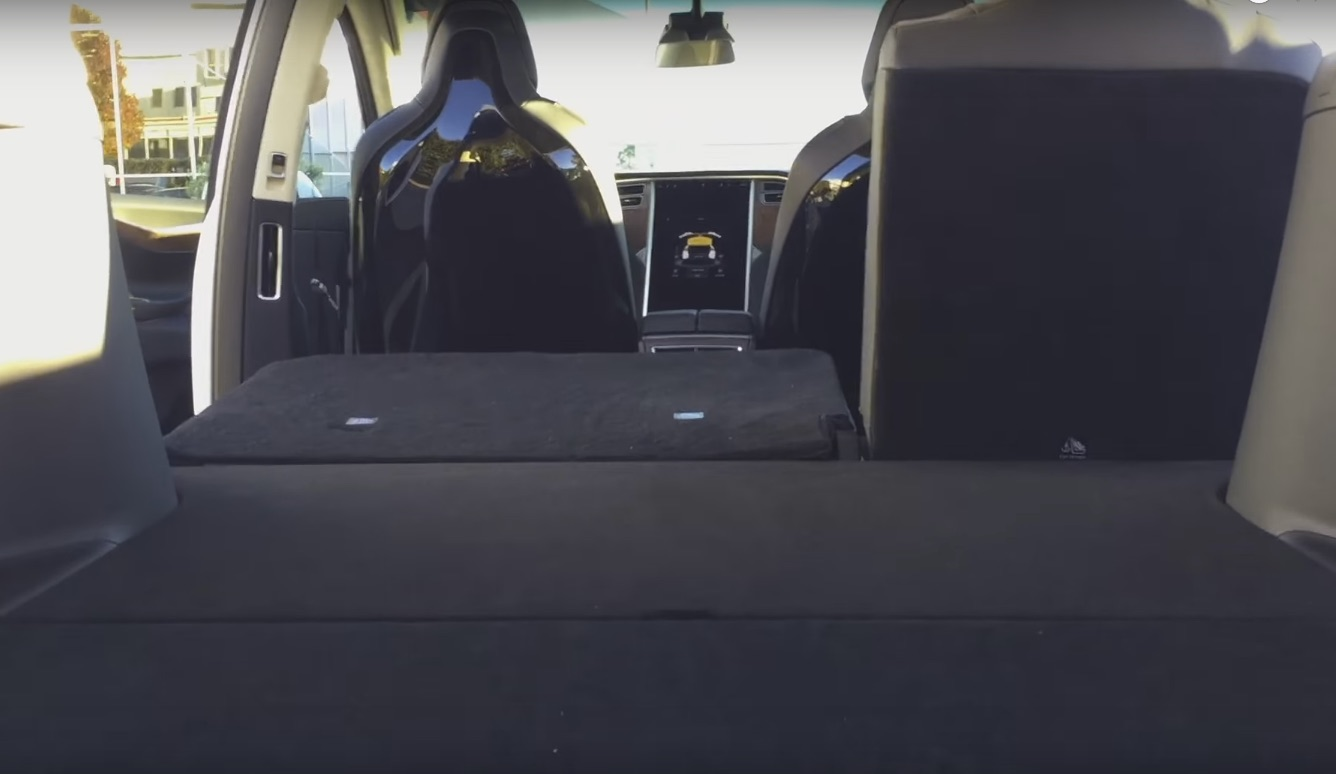 Tesla model x 5 seat