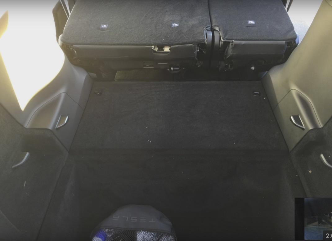 model-x-5-seat-folding-2nd-cargo