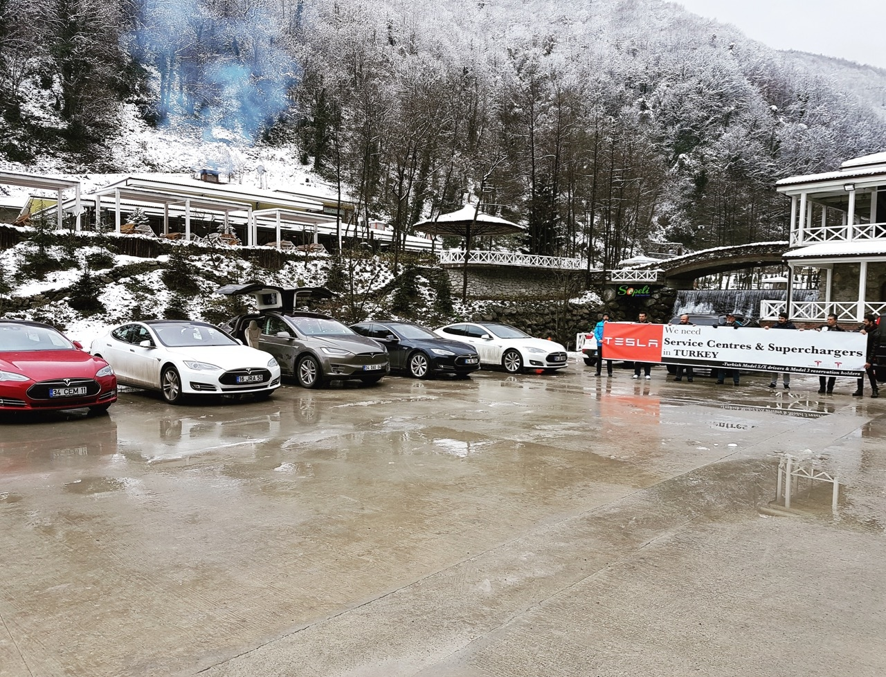 Tesla-owners-club-Turkey