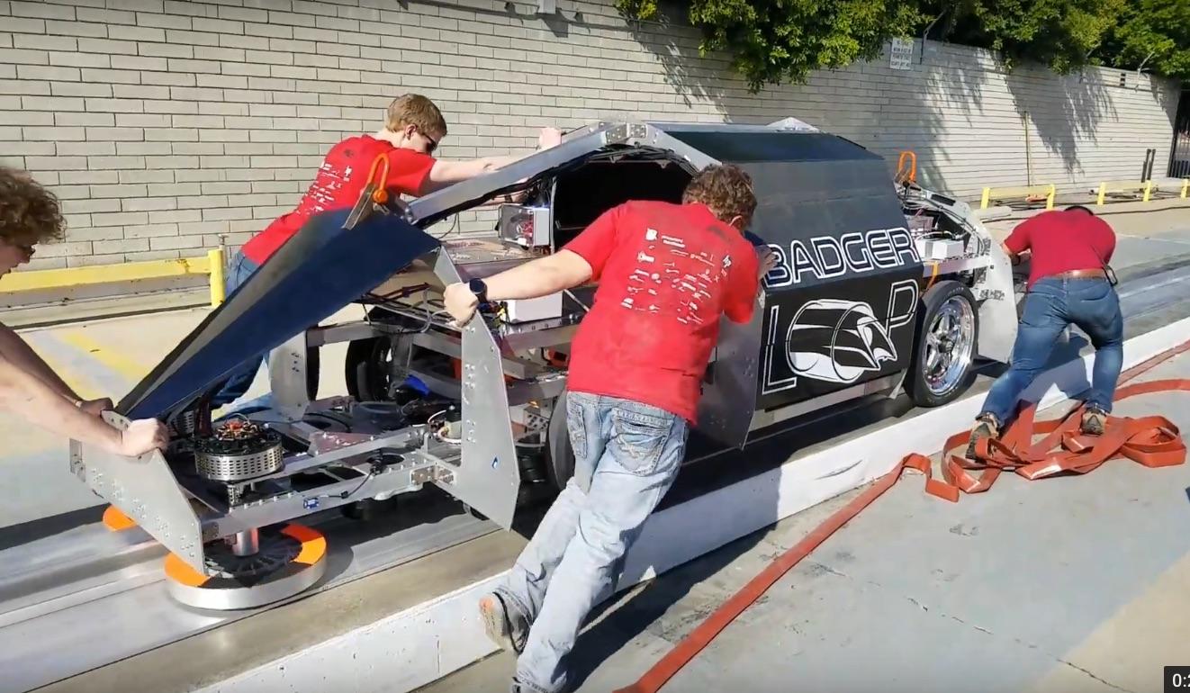 Badgerloop_Hyperloop-Pod-SpaceX-Fit_Check