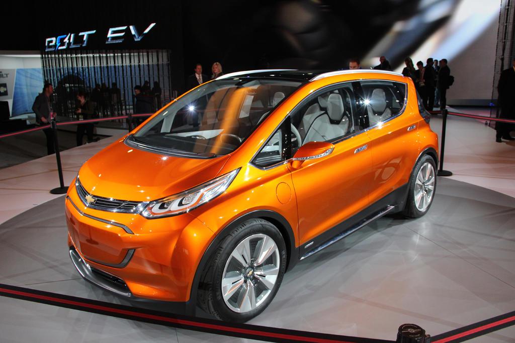 Chevrolet-Bolt-NAIAS-car-of-yeaer