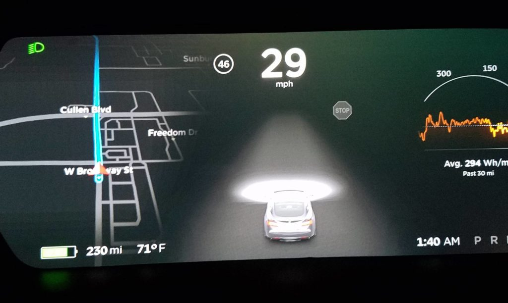 Tesla Autopilot 2.0 hardware detecting stop signs