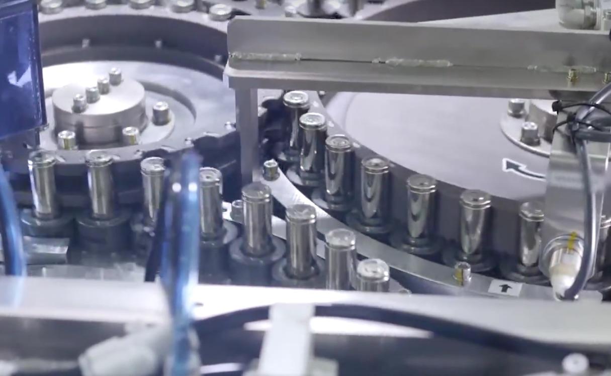 Tesla-Gigafactory-2170-battery-cell-production