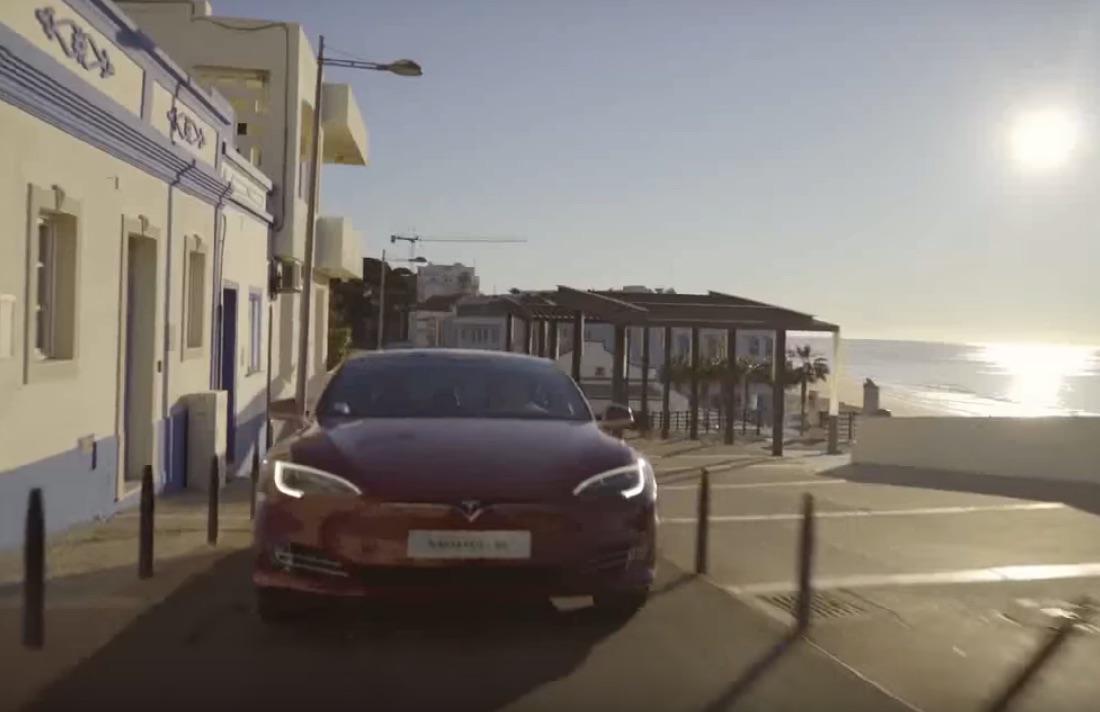 Tesla-Portugal-Red-Model-S