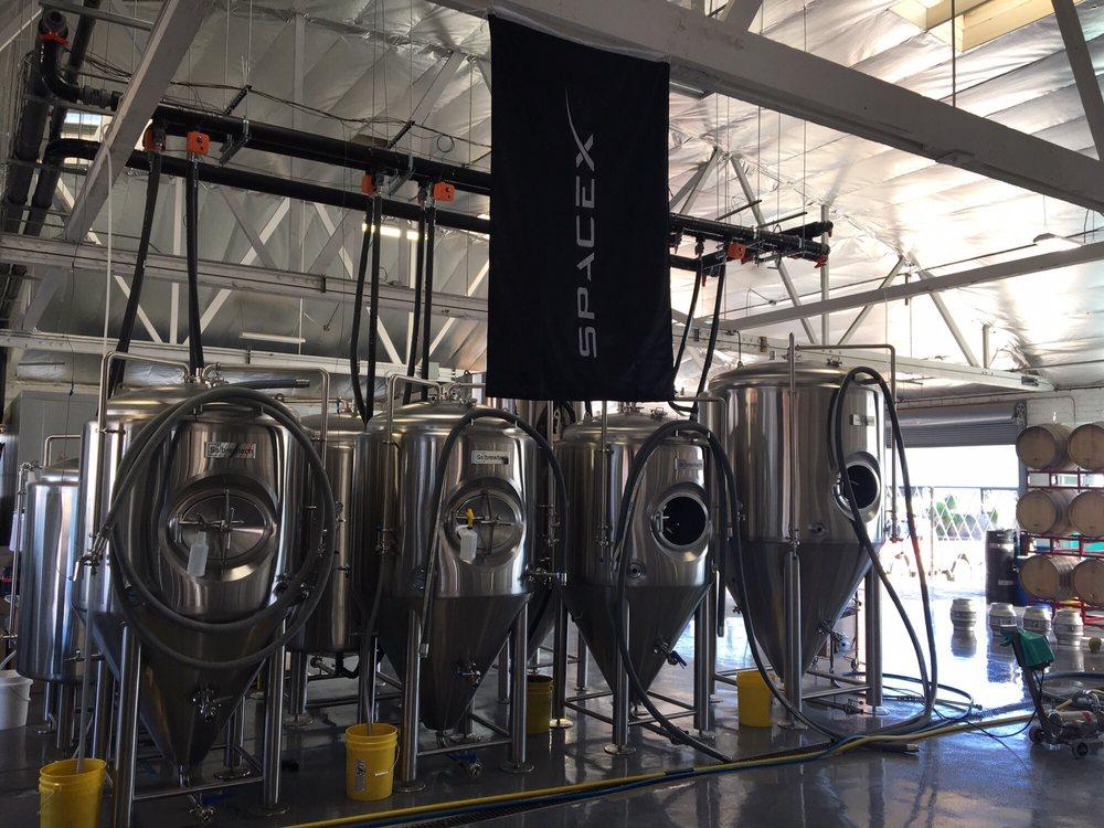 SpaceX-banner-Hawthorne-Aleworks-Brewery