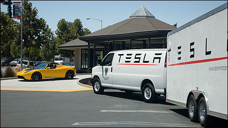 Tesla mobile repair service