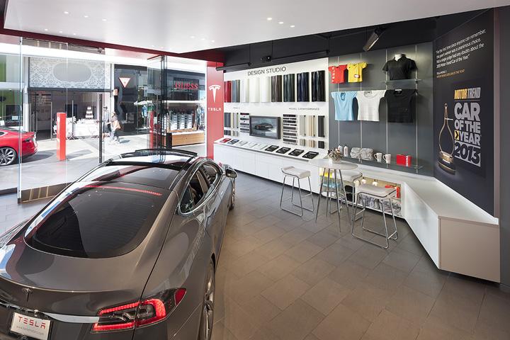 Tesla-Showroom-Century-City-Los-Angeles
