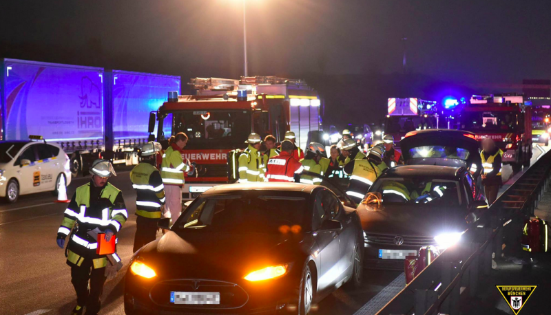 Tesla-hero-saves-stroke-victim-Autobahn