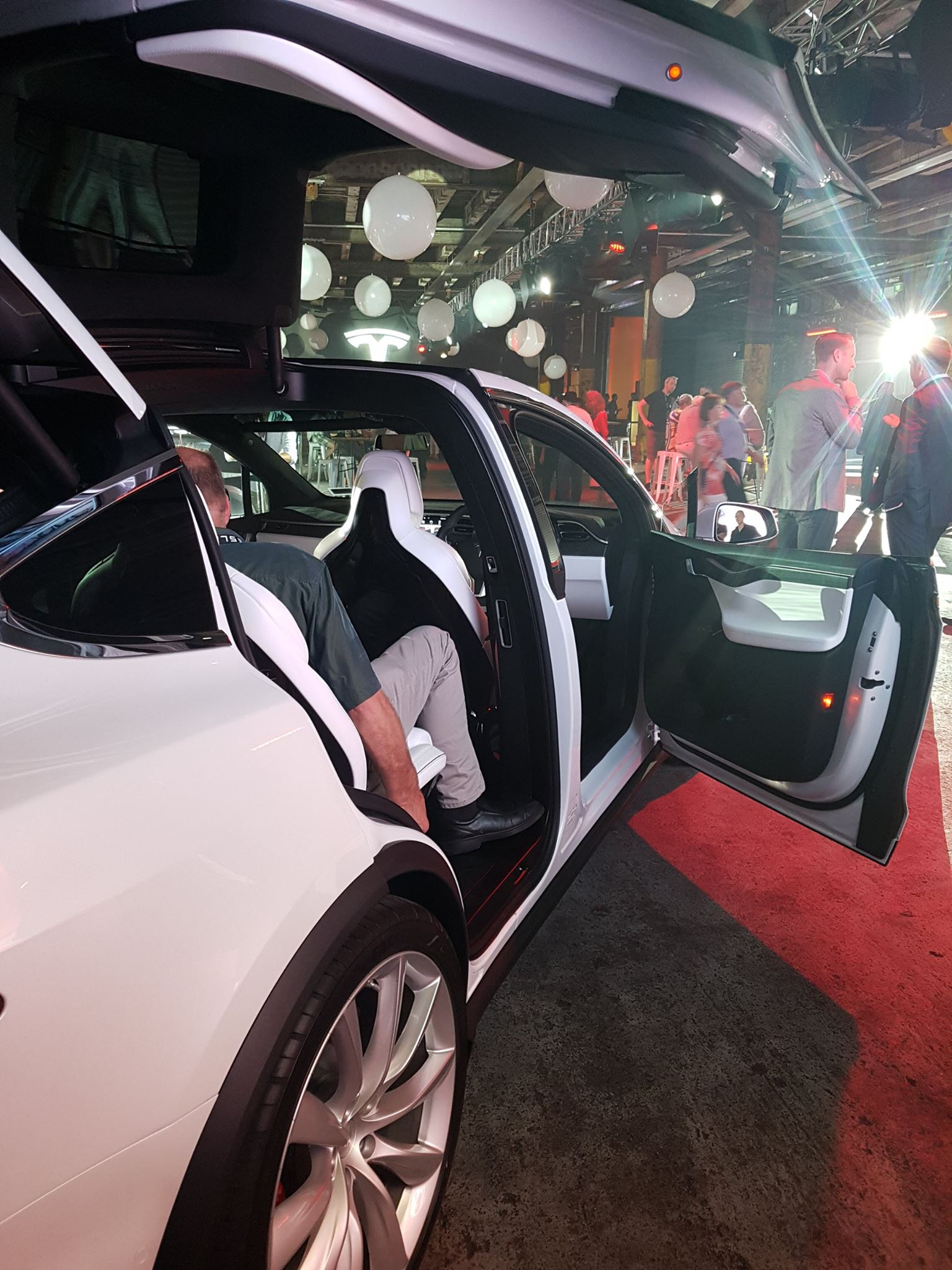 Tesla_delivery-event-auckland-new-zealand-model-x
