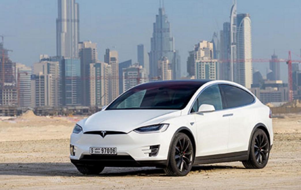 White-Model-X-Tesla-Dubai