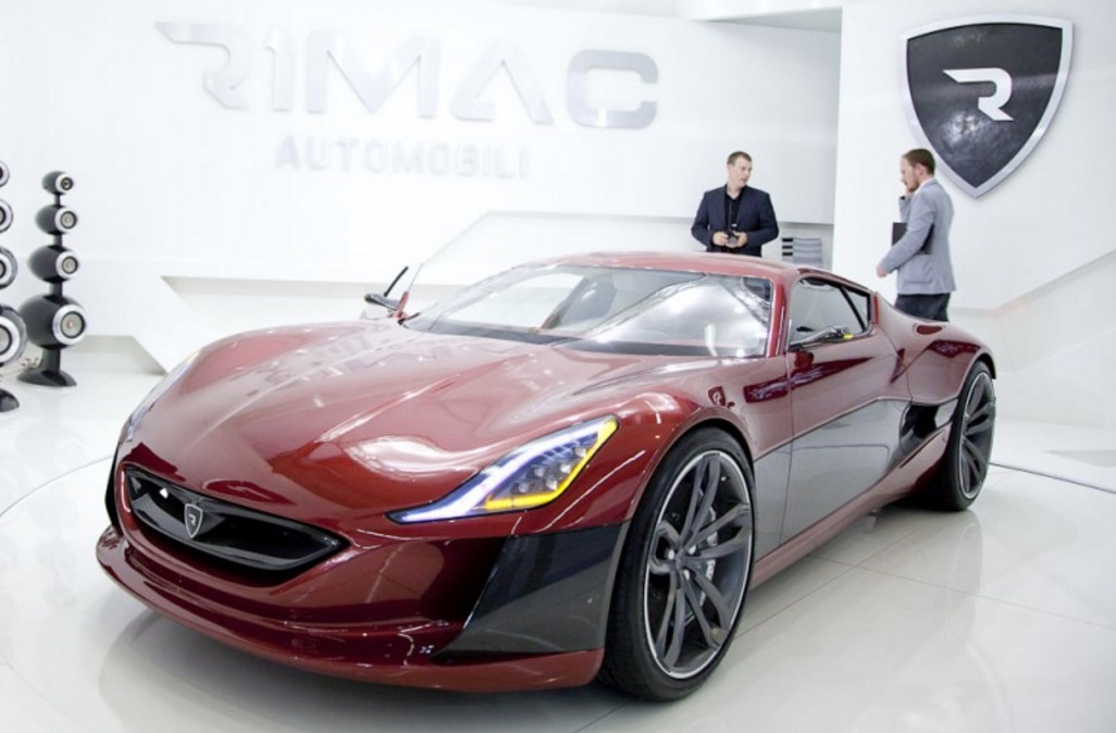 red-rimac-concept-one-logo