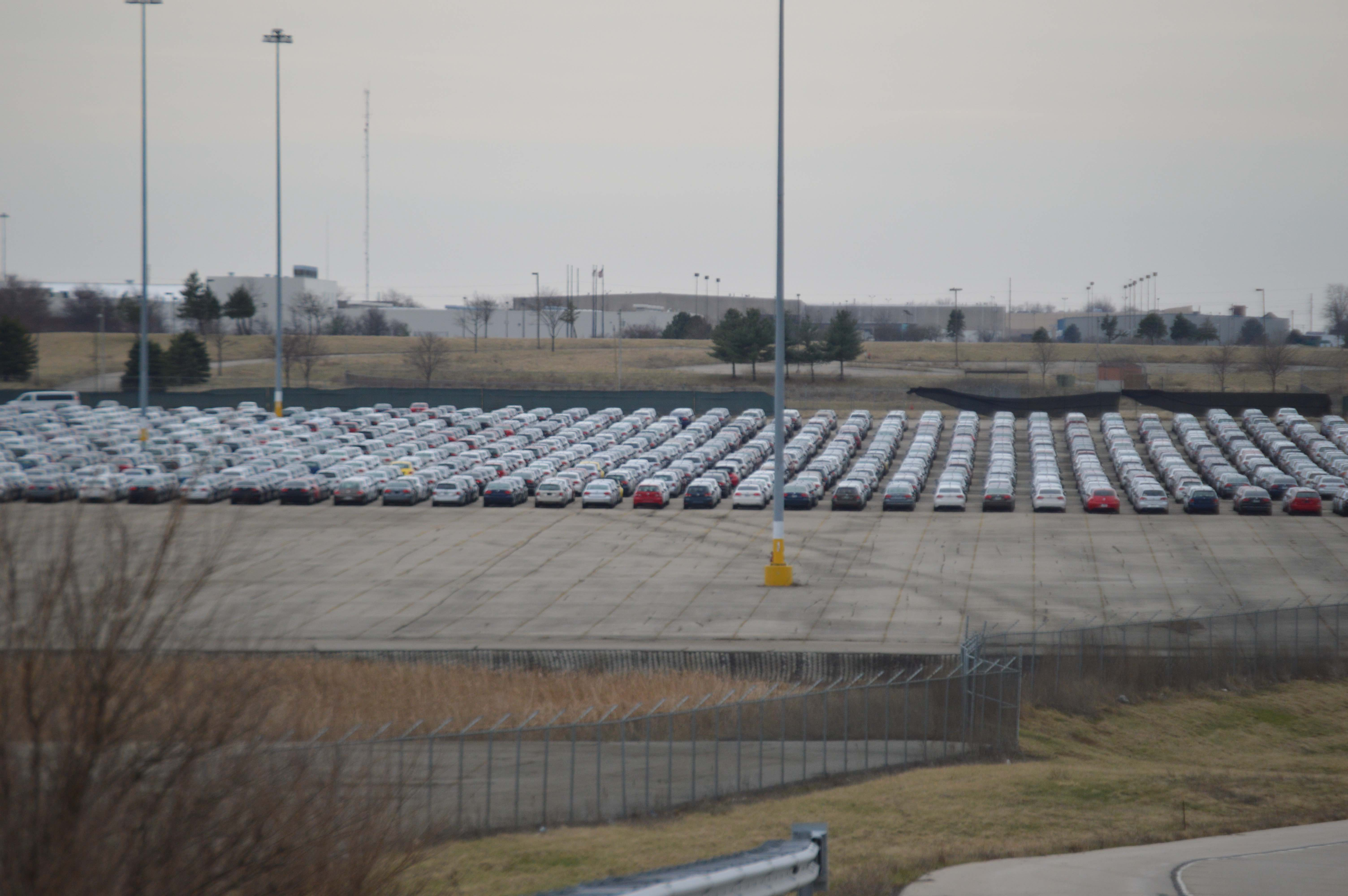 The VWs are lined up very neatly as Vascor logistics makes use of the large lots