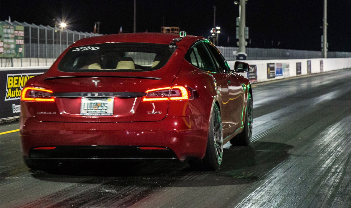 Red-model-s-drag-racing-track-tree