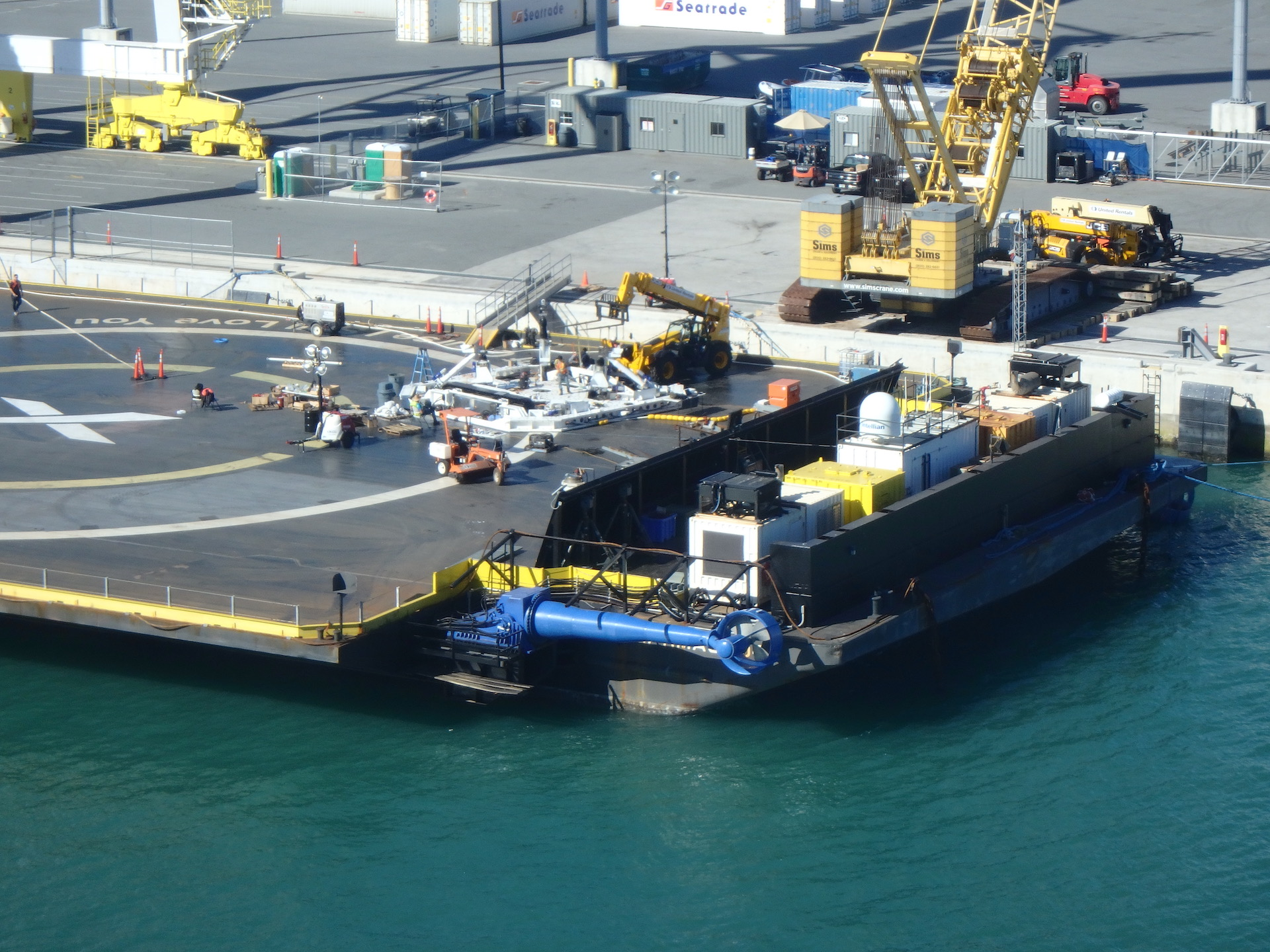 SpaceX-OCISLY-droneship-robot-optimus-prime-2