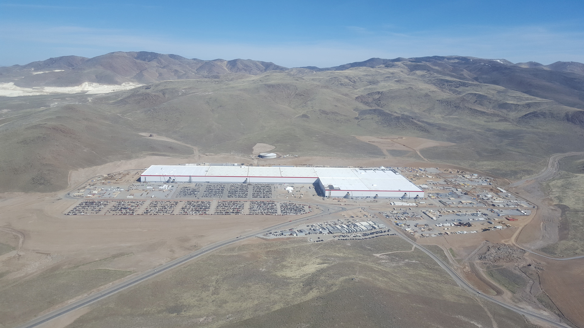 Tesla-Gigafactory-March-2017-teslarati-aerial-2