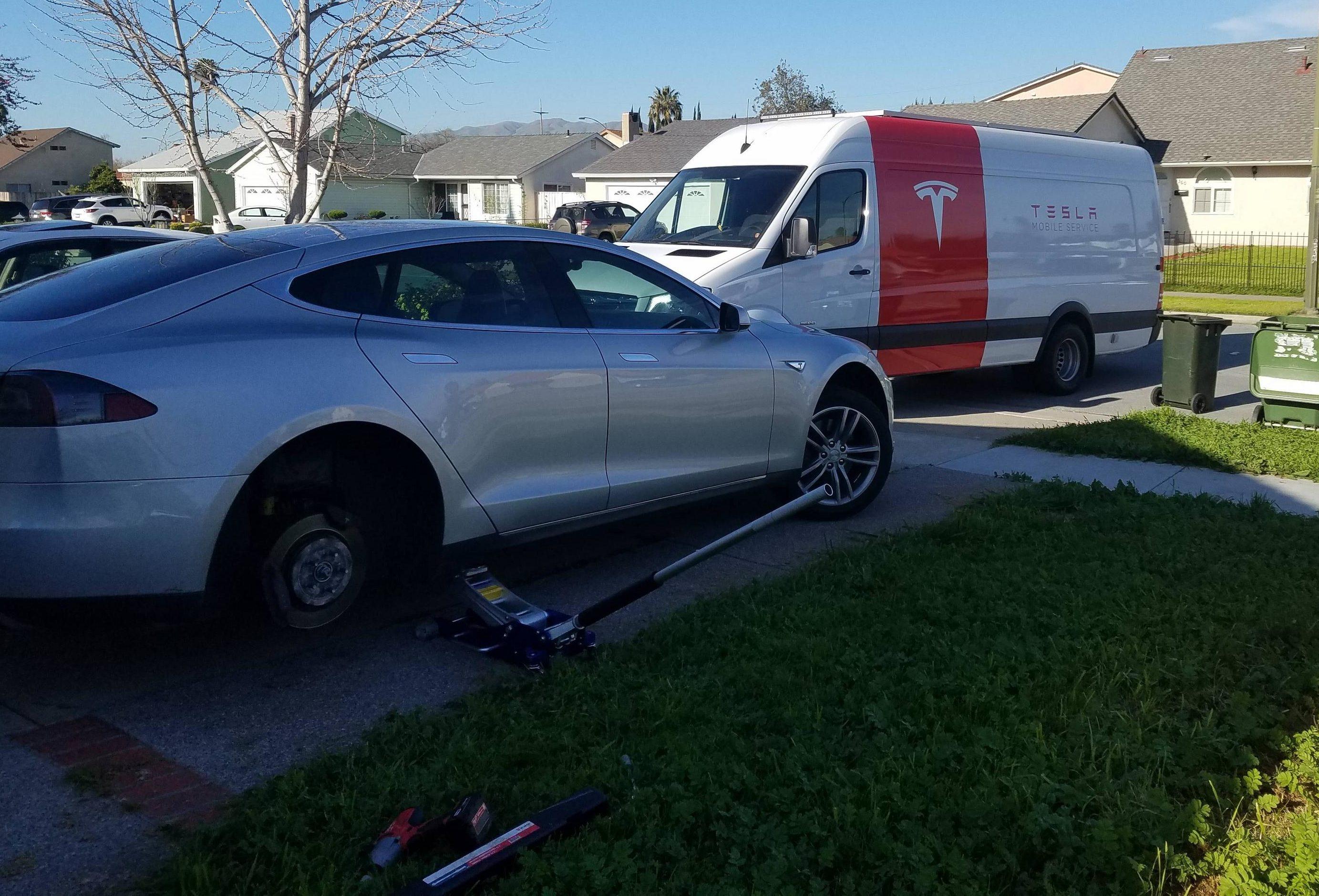 Tesla-mobile-service-van-tire-repair-2