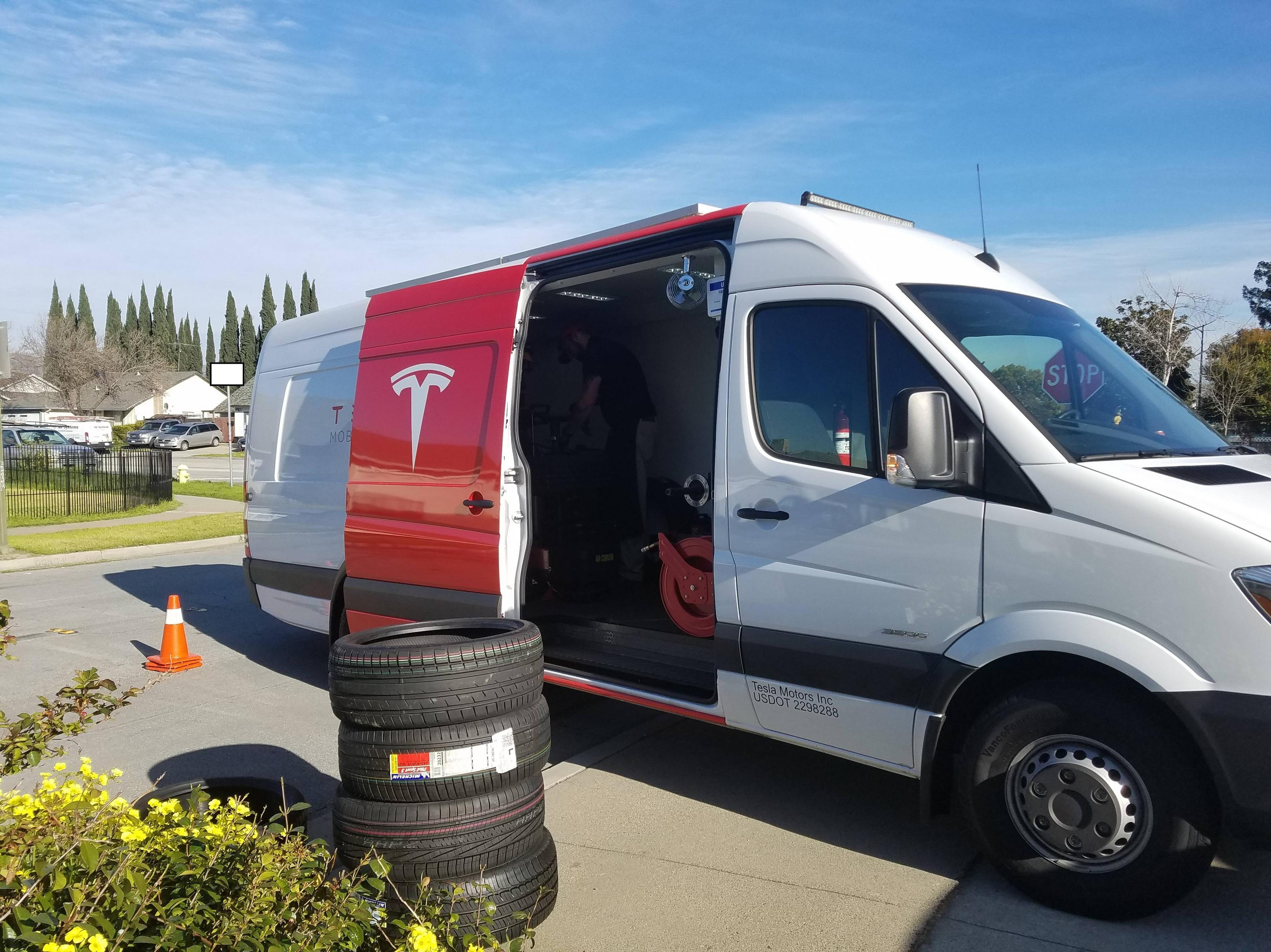 Tesla-mobile-service-van-tire-repair-3