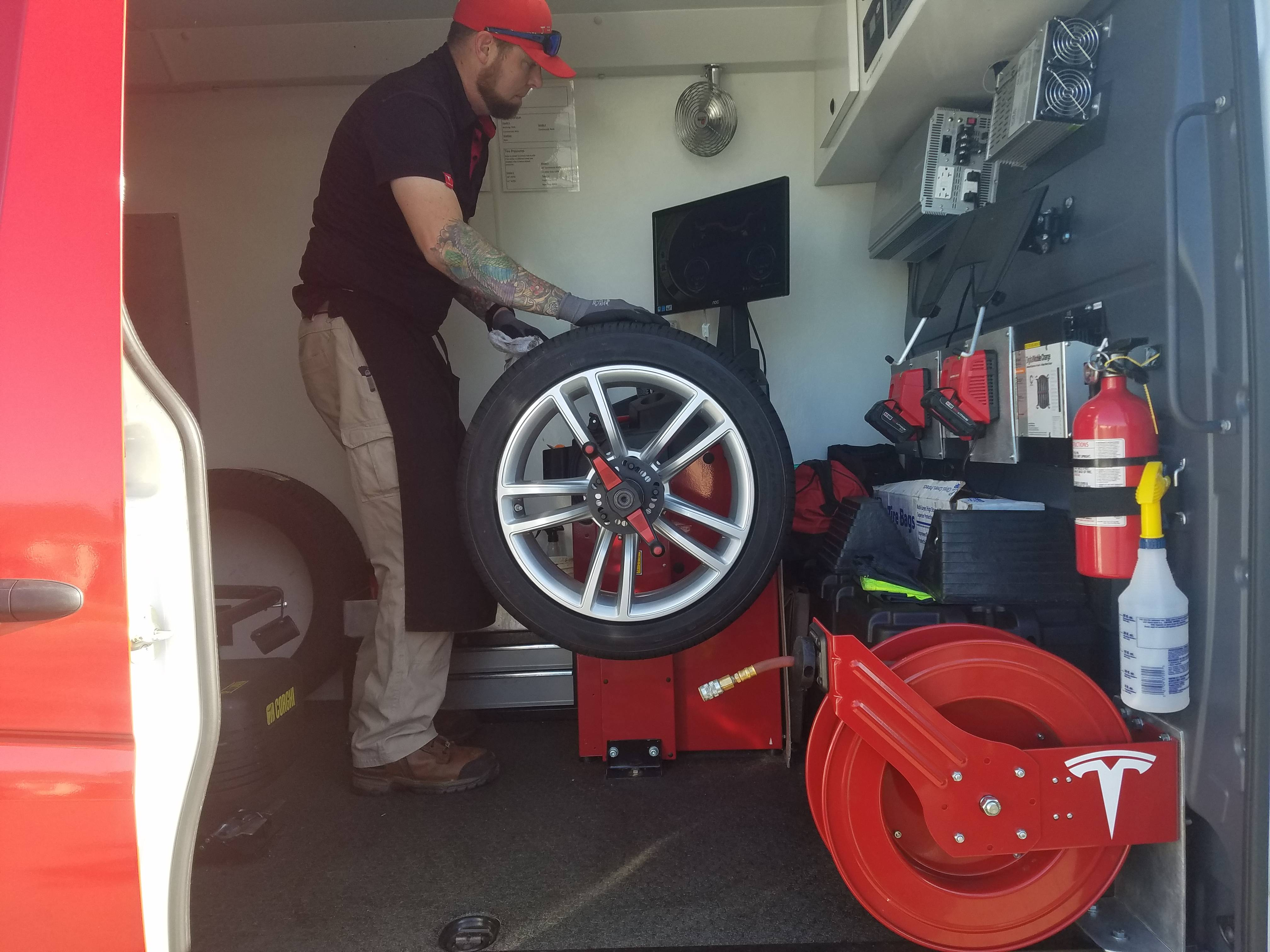 Cost To Mount And Balance Tires >> Tesla launches Mobile Tire Service program in San ...