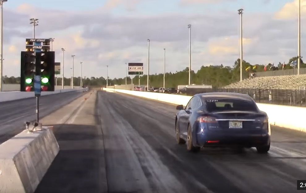 Tesla_Model_S_P100D_1-4-mile-record-10-723