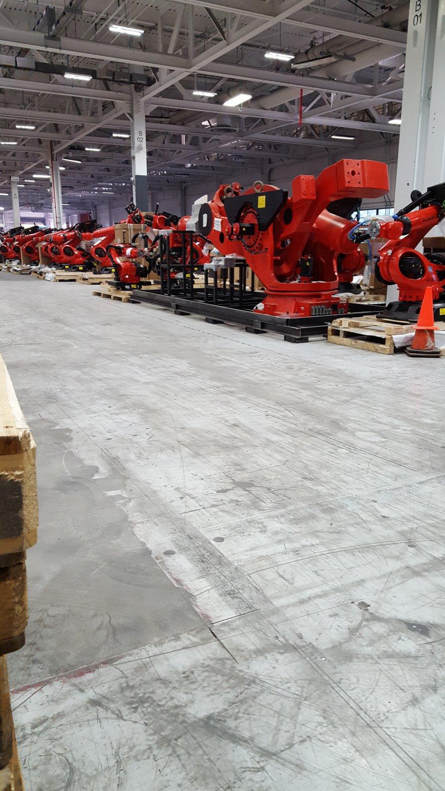 Tesla-Model3-factory-robots-4