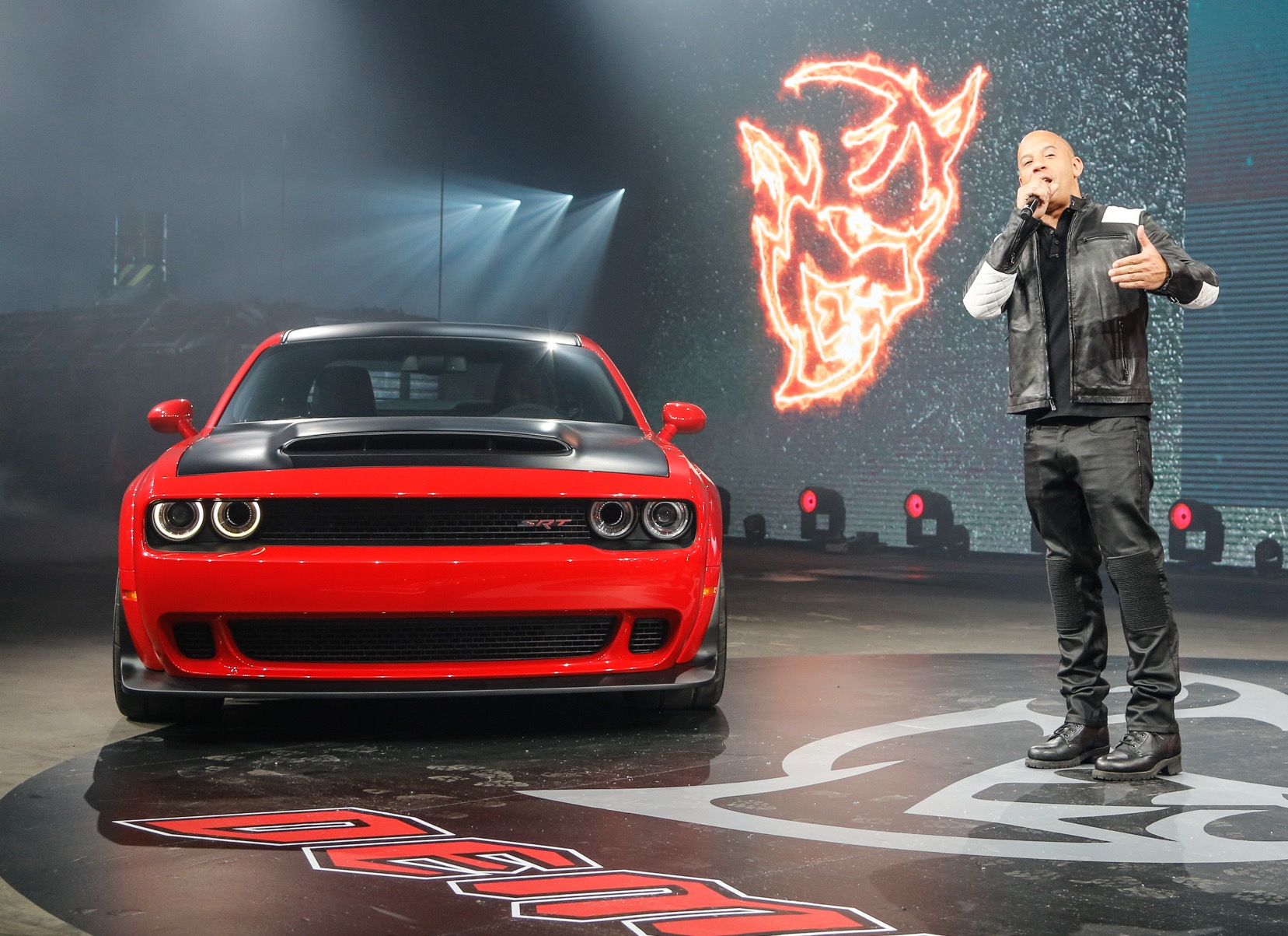 2018_Dodge_Challenger_SRT_Demon-Vin-Diesel
