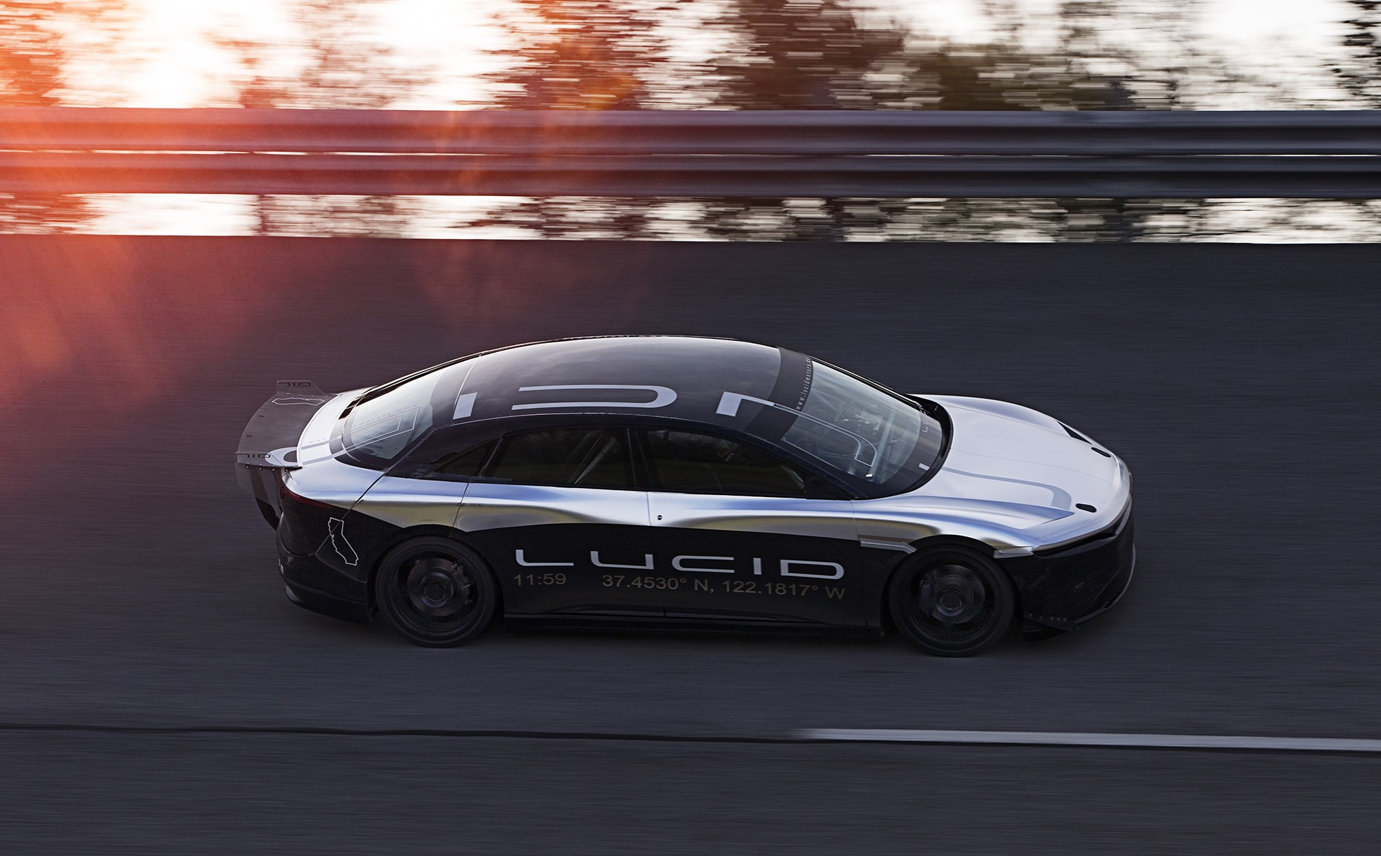 All Electric Lucid Motors Air Reaches 217 Mph In High Sd Ility Test