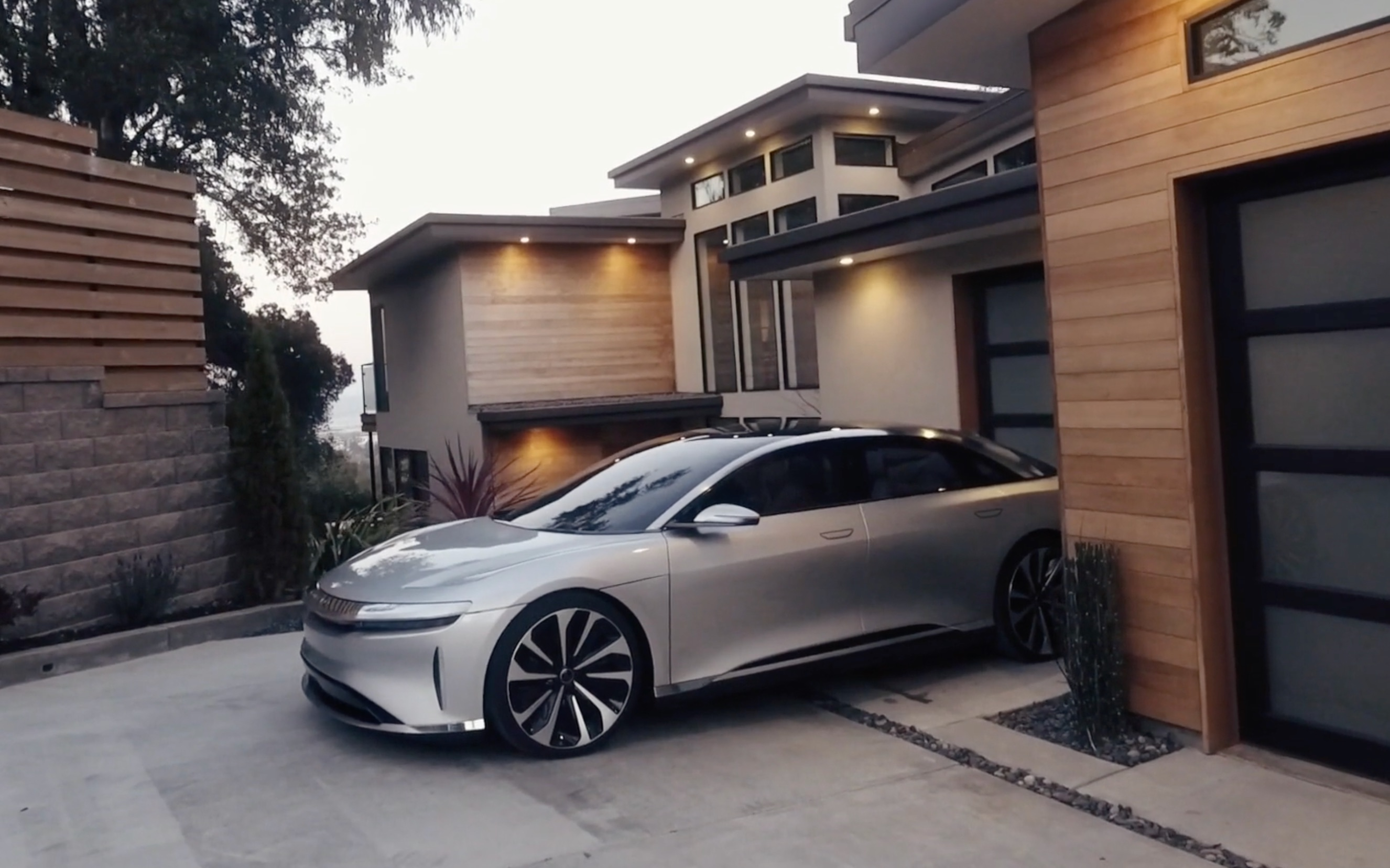 Car Key Battery >> Lucid ultra-luxury Air reveals how it reimagined the use of space [Video]