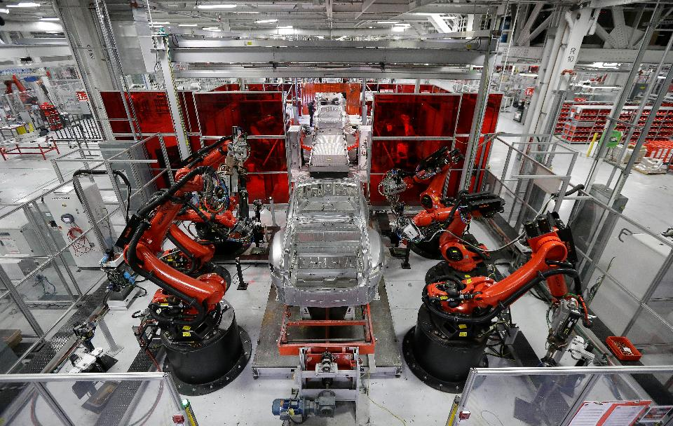 tesla-factory-automation-robots