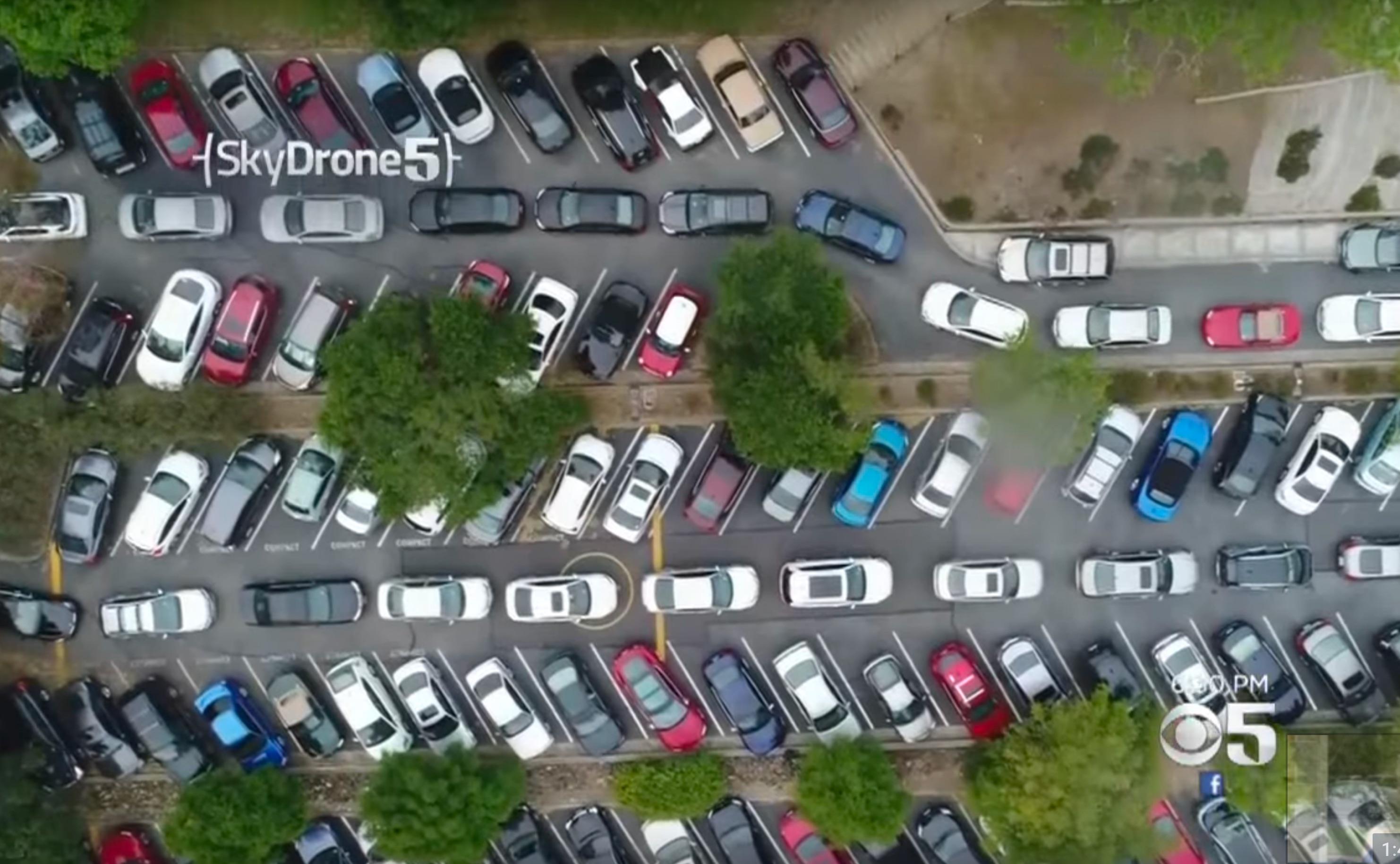 tesla-hq-palo-alot-parking-lot