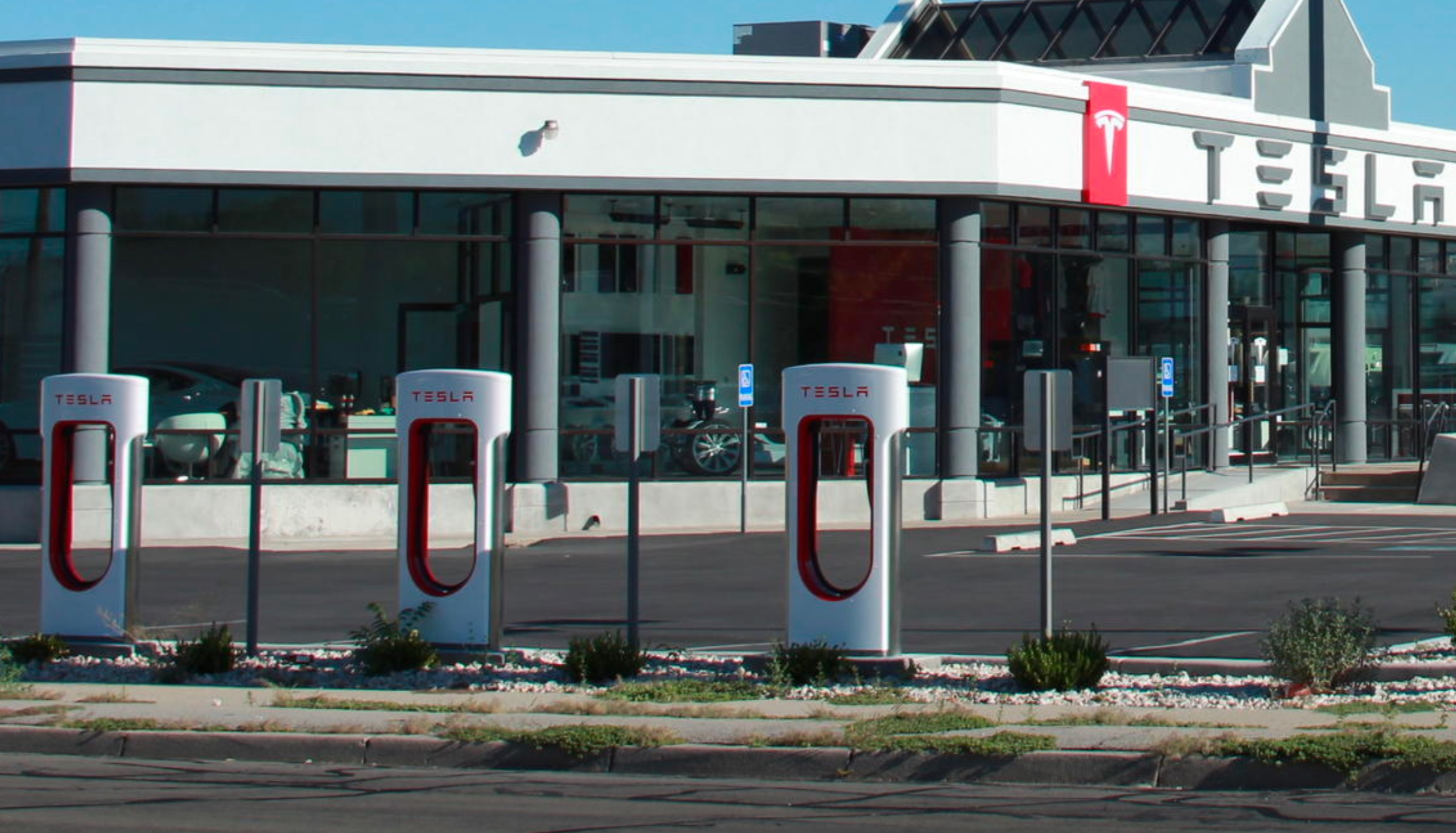 tesla-salt-lake-city-supercharger-store