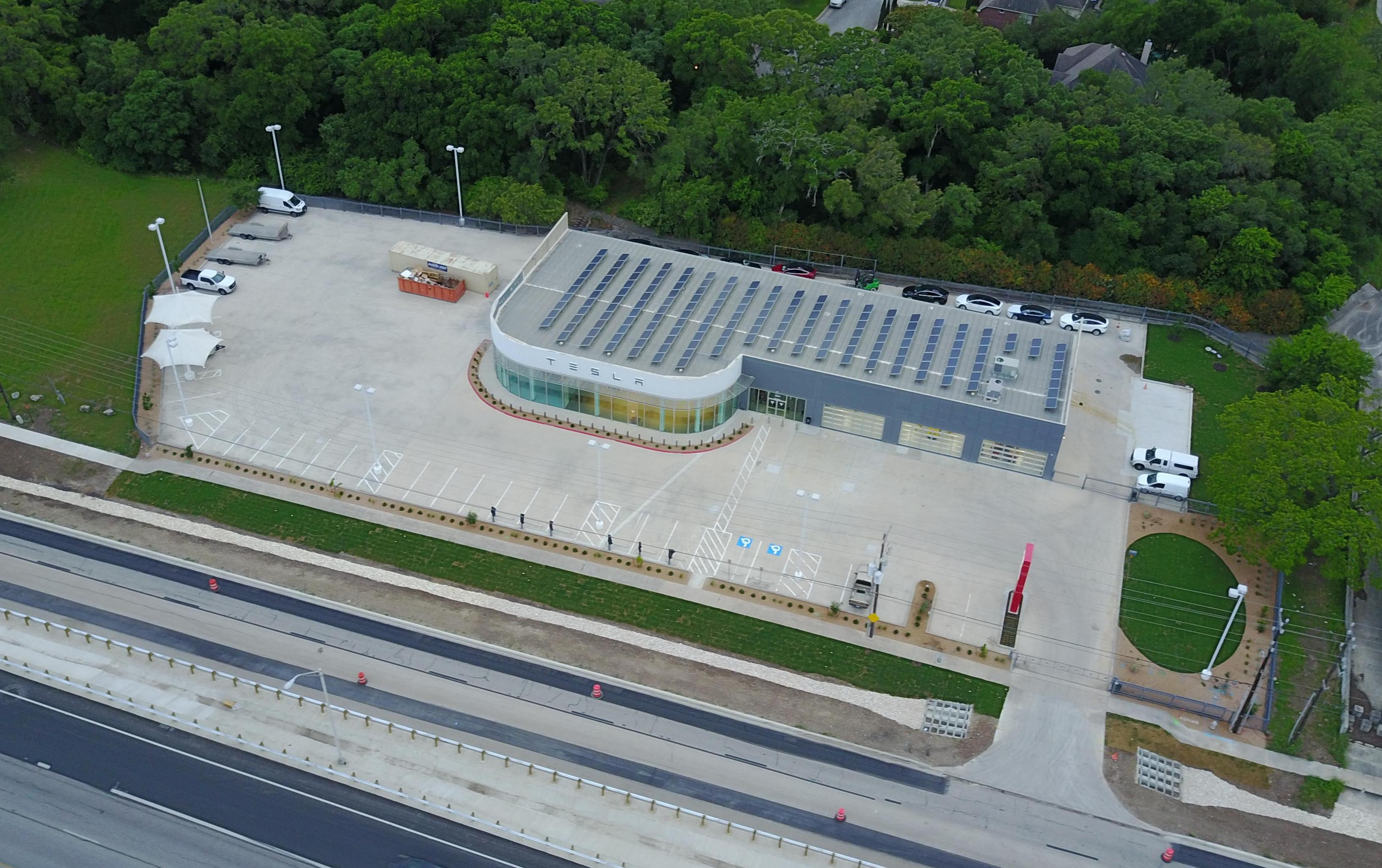 Drone shot of the new Tesla San Antonio Service Center reveal solar