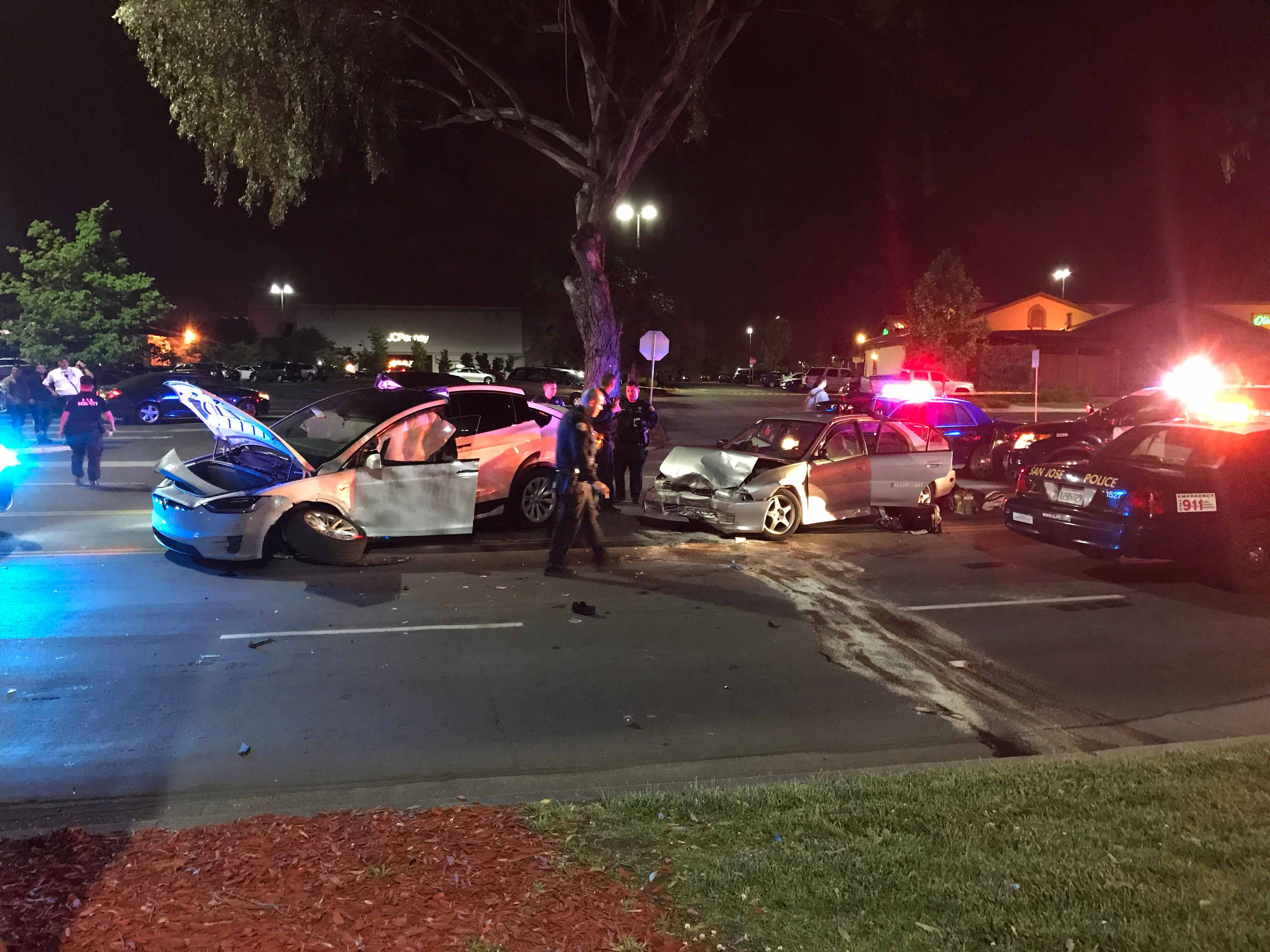 Tesla accident2