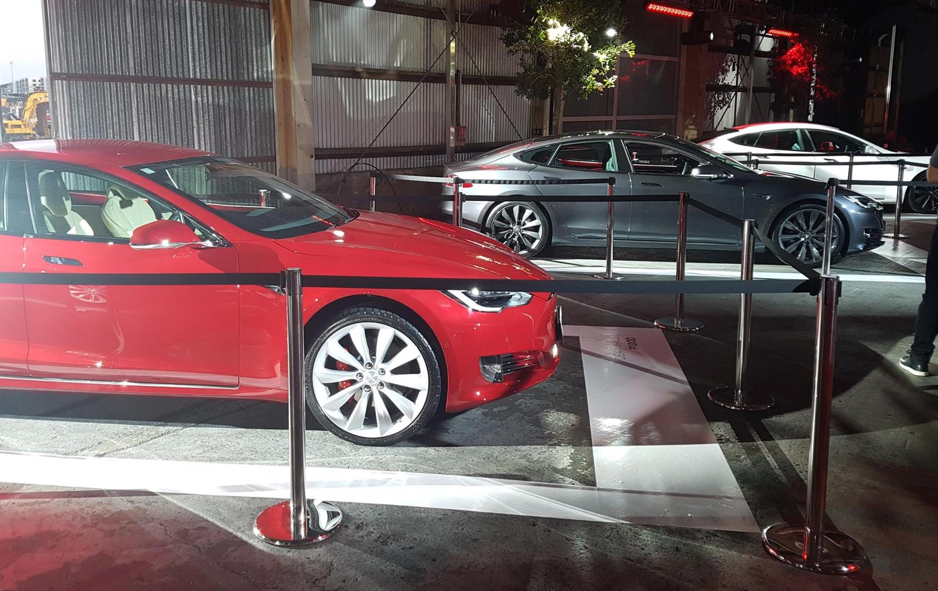 tesla-model-s-delivery-event-new-zealand