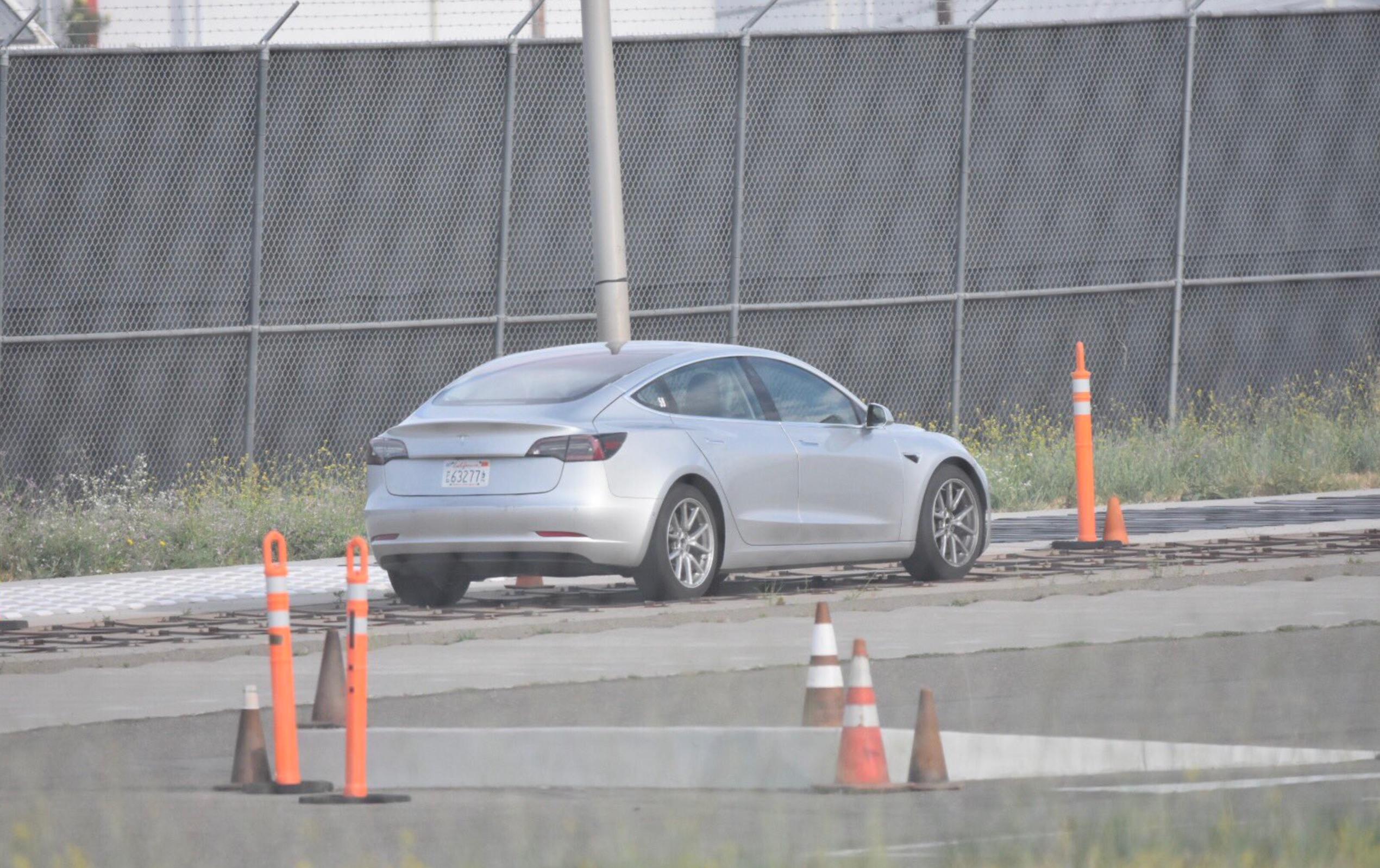 Silver-Tesla-Model-3-test-track-fremont-3