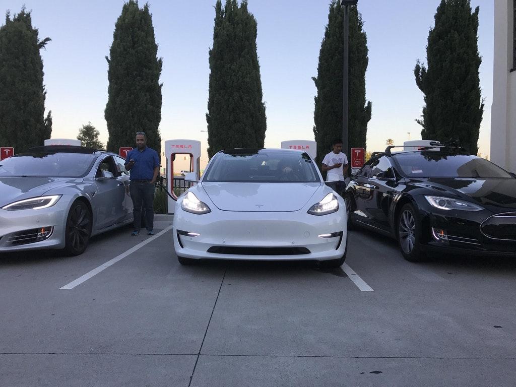 Tesla-Model-3-front