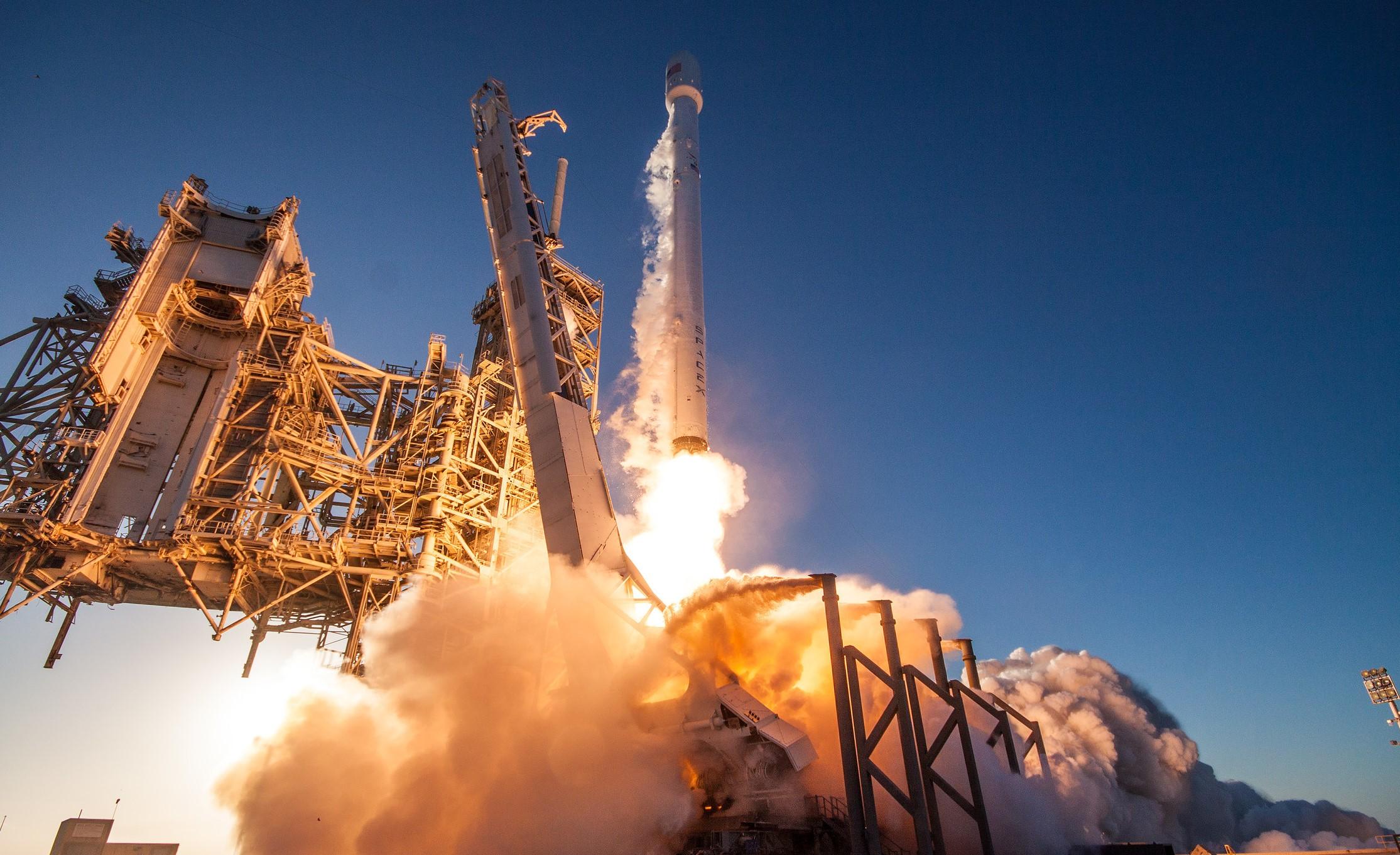 InmarSat-5 (Falcon 9 Expendable)